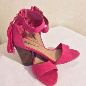 Fushia Pensee Sandal